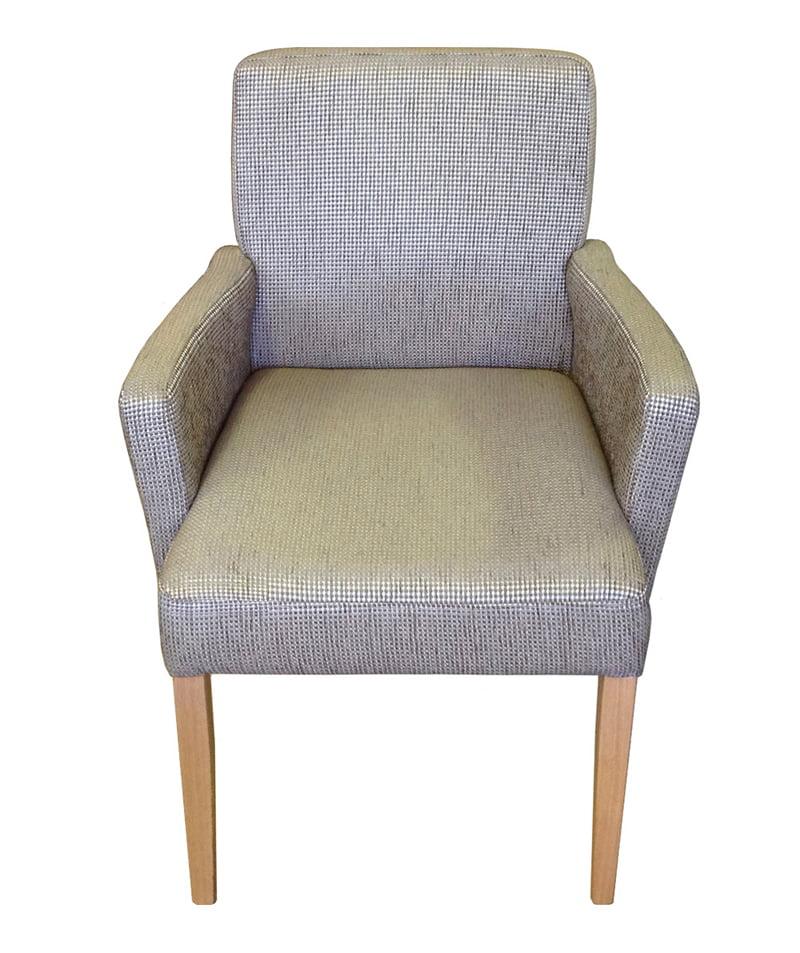 Brisbane Carver Dining Chair Mabarrack Furniture Factory  : BrisbaneCarverFront from mabarrackfurniture.com.au size 800 x 953 jpeg 332kB