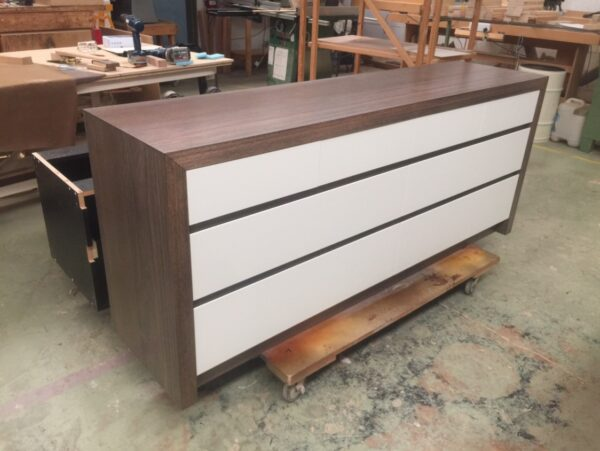 KT chest 10 drawer 1